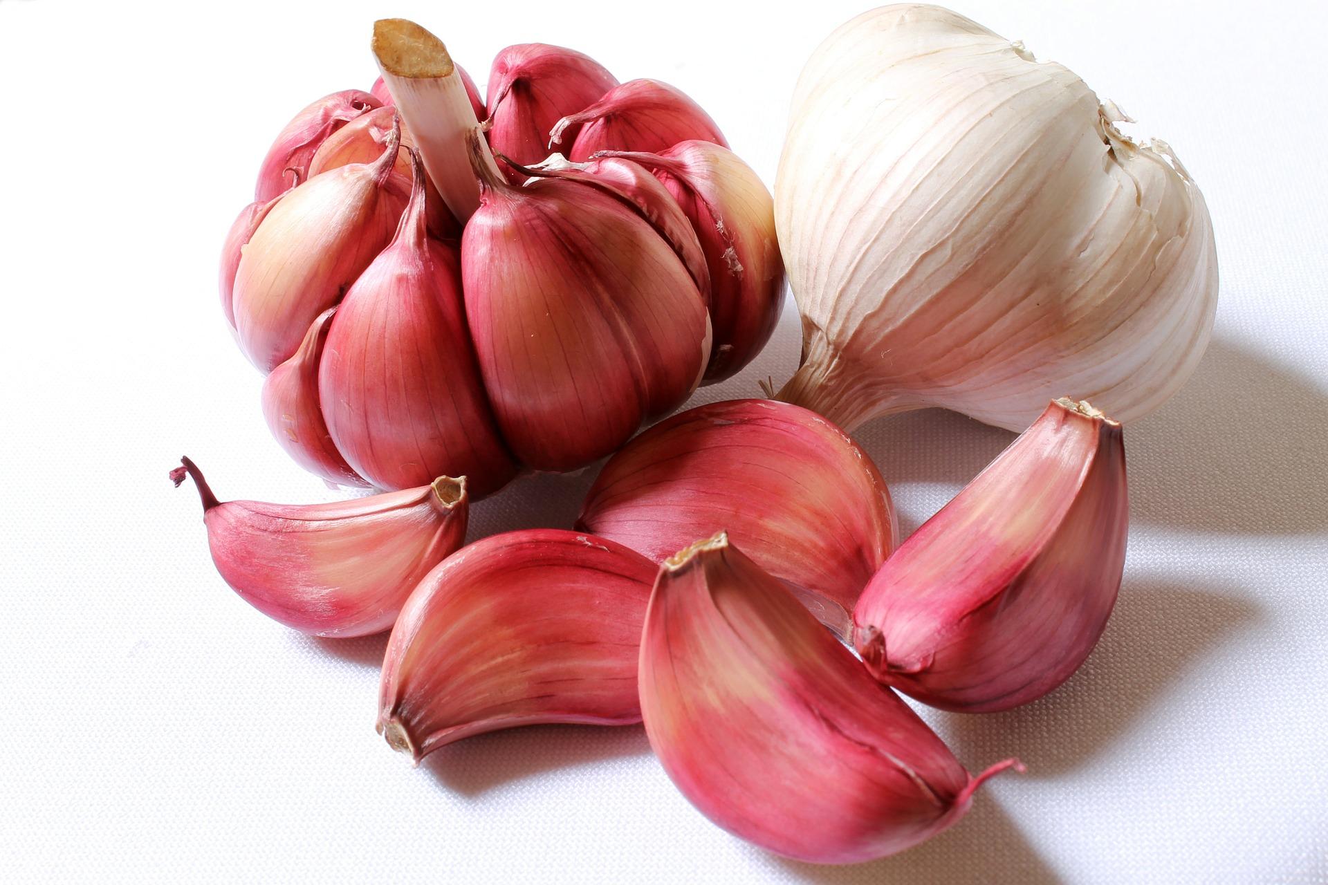 Does garlic make you sweat