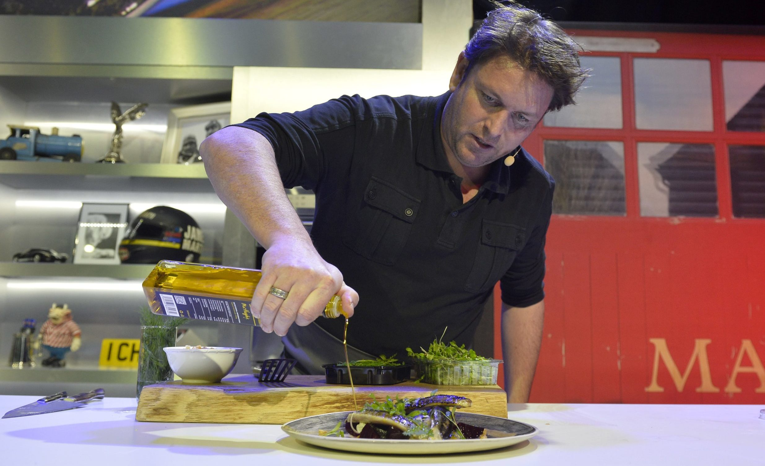 Who are the Saturday Kitchen chefs? James Martin cooking