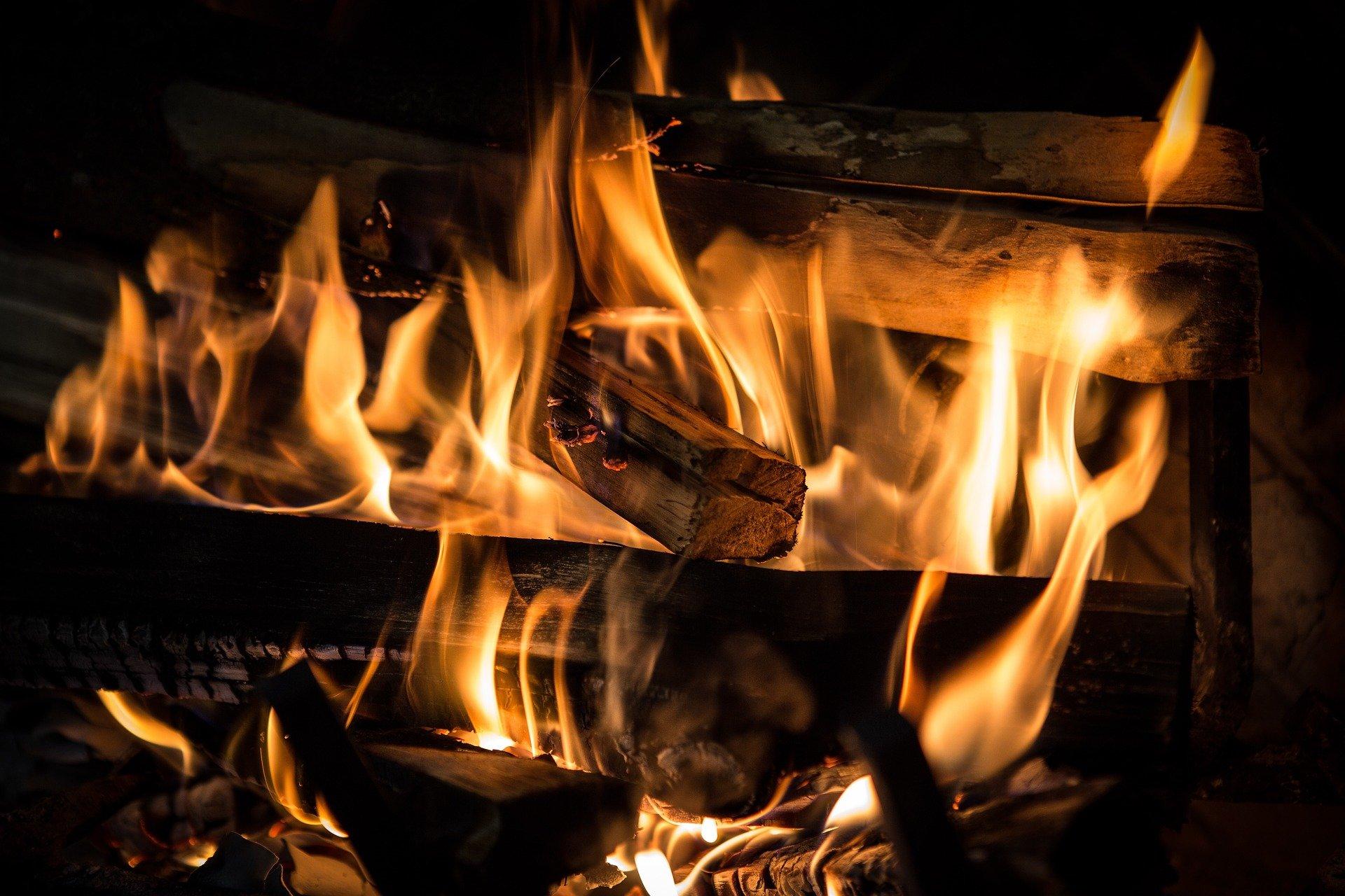 wood fire bbq
