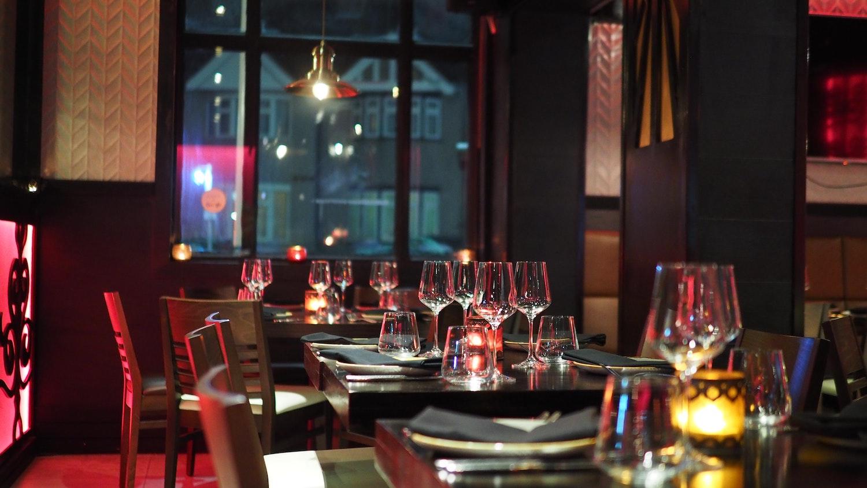 fine dining restaurant (Credit: Pexels)