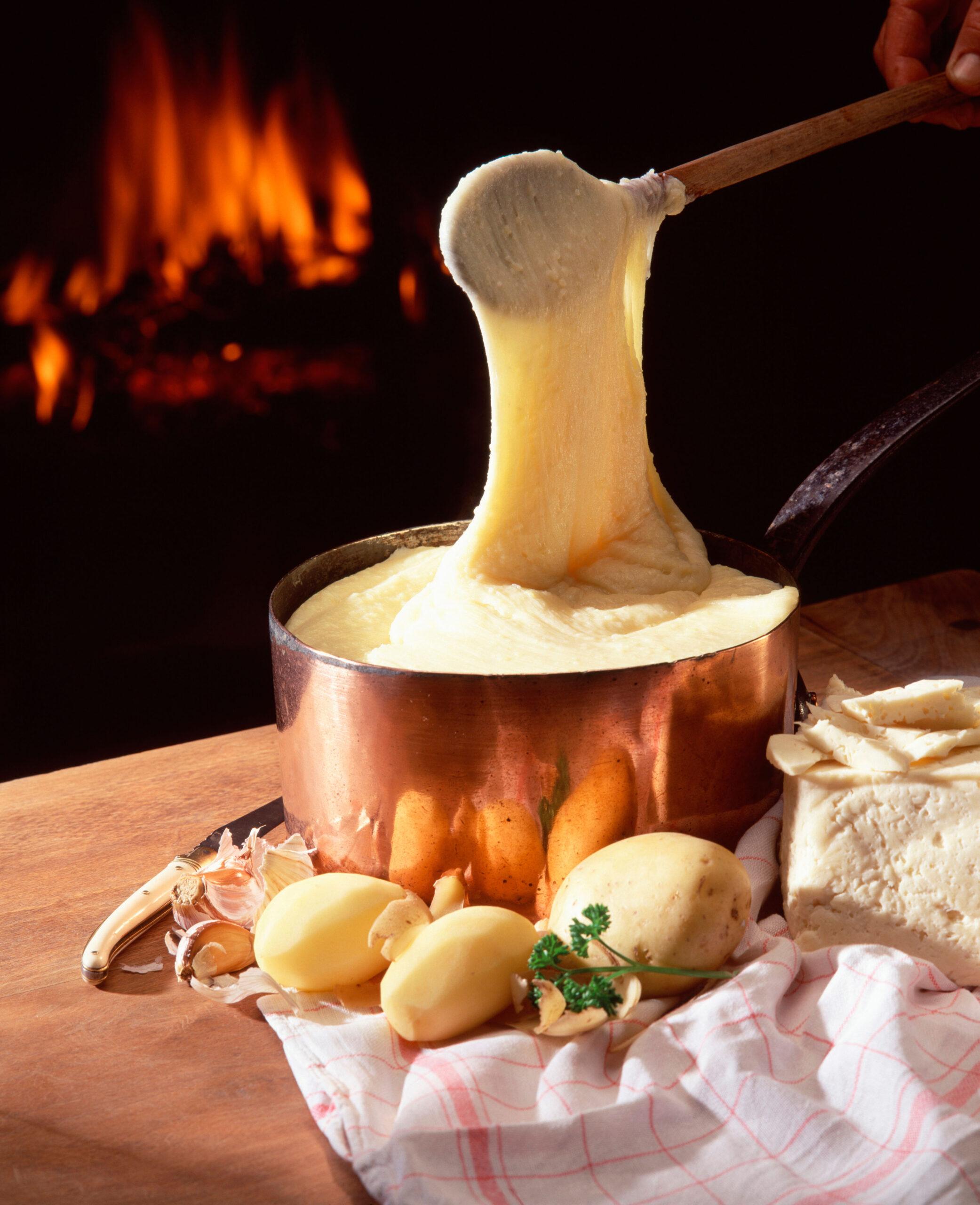 Aligot cheese potatoes
