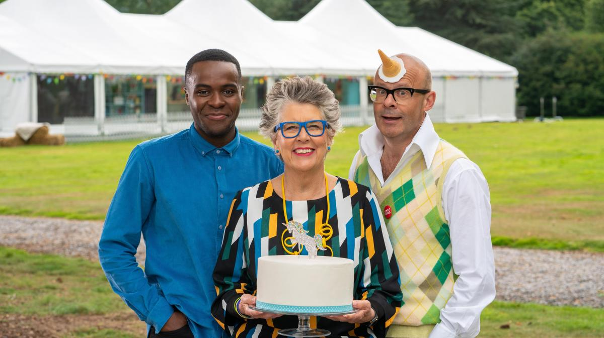 Is Junior Bake Off presenter Harry Hill a doctor?