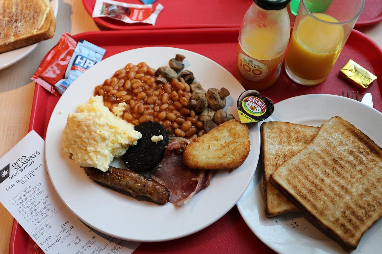 full English breakfast (Credit: PIxaby)