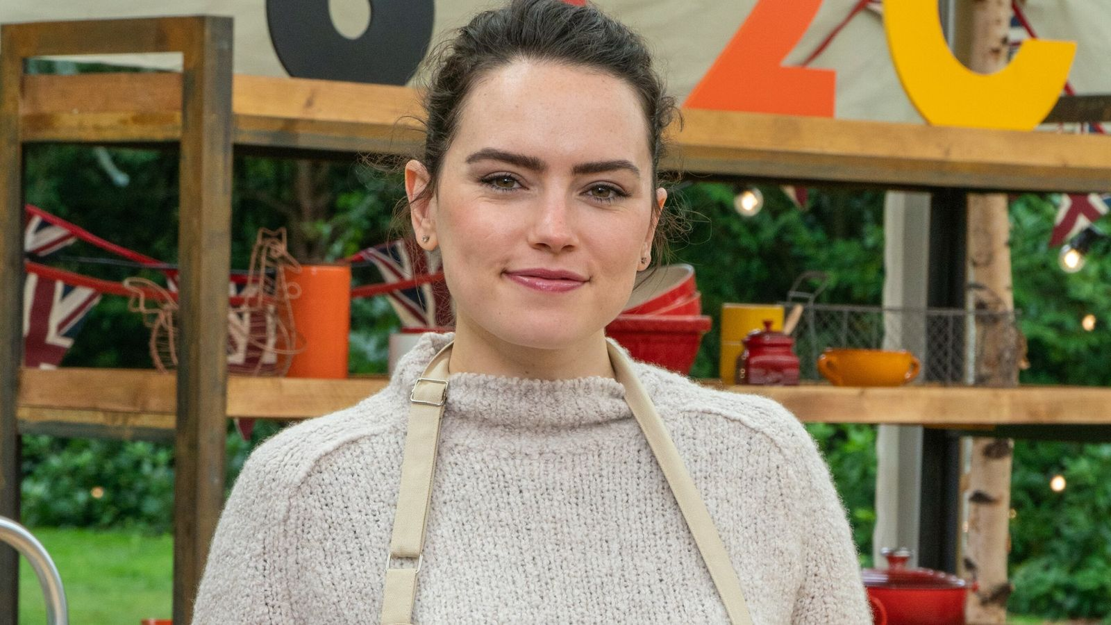 Daisy Ridley Celebrity Bake Off lineup 2021