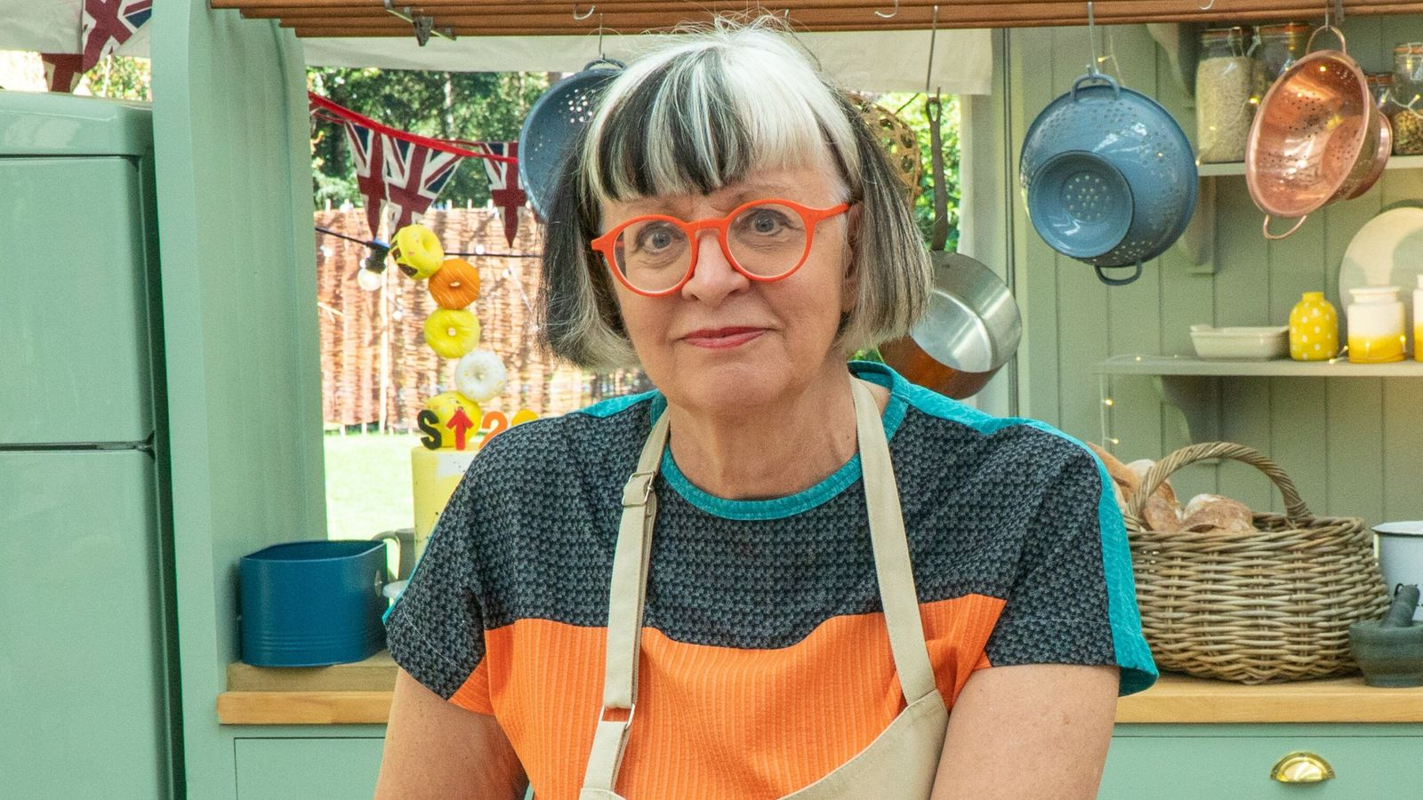 Philippa Perry Bake Off 2021